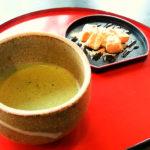 富山観光遊覧船のりば「松川茶屋」のお抹茶セット(わらび餅)